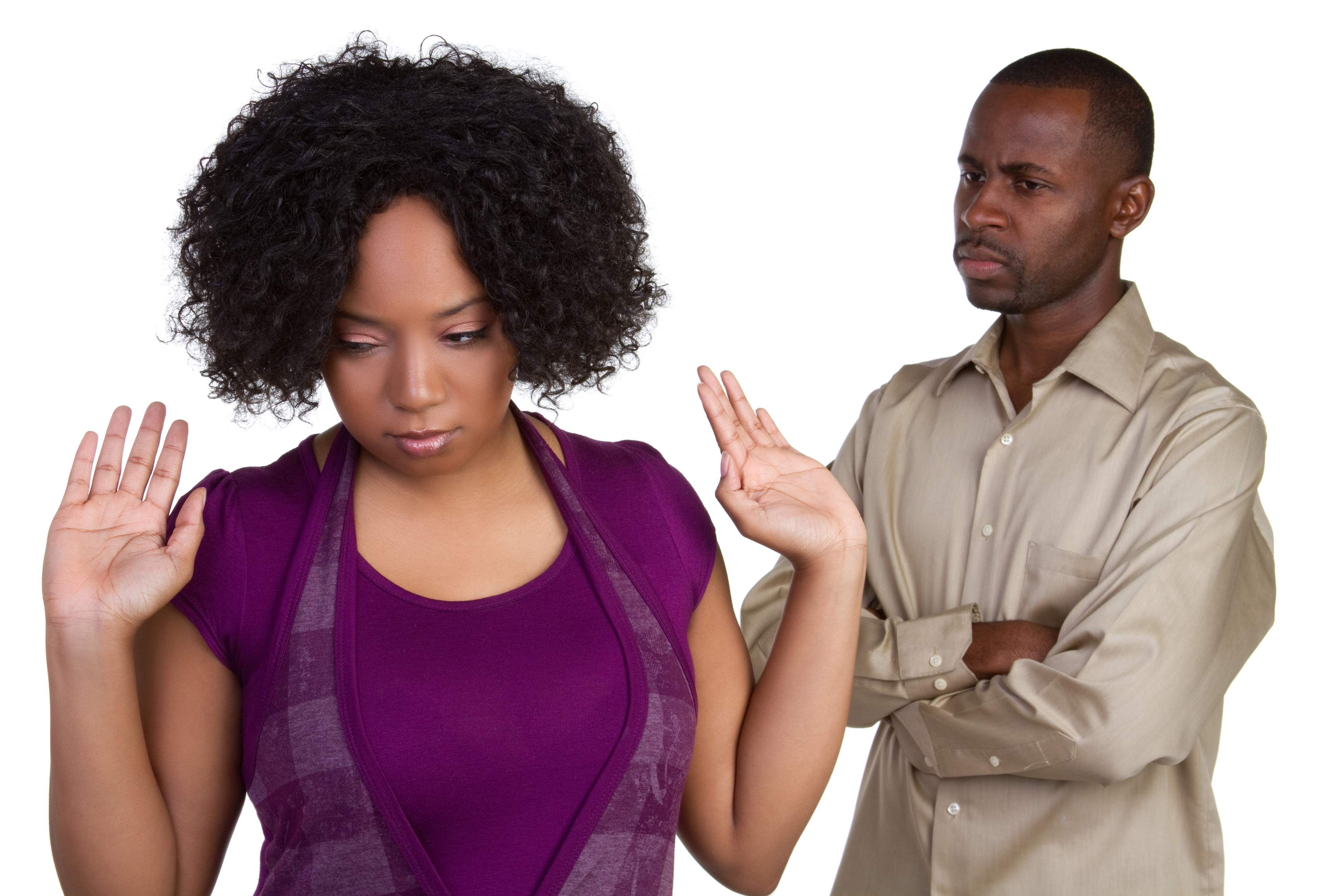 "Pls Advice: ""My boyfriend still sleeps with his ex and says She's like family"""
